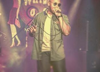 Los Angeles R&B Singer im just Dane